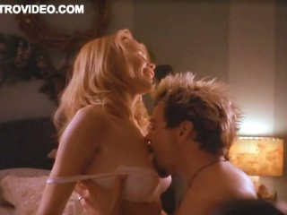 Gorgeous Supermodel Claudia Schiffer Gets Her Juicy Boobs Sucked