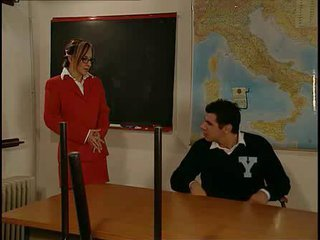 Italian Teacher Tutors 2 Students