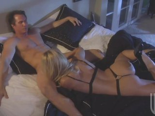 Golden-haired Babes Gives Her Spouse An Amazing Blowjob
